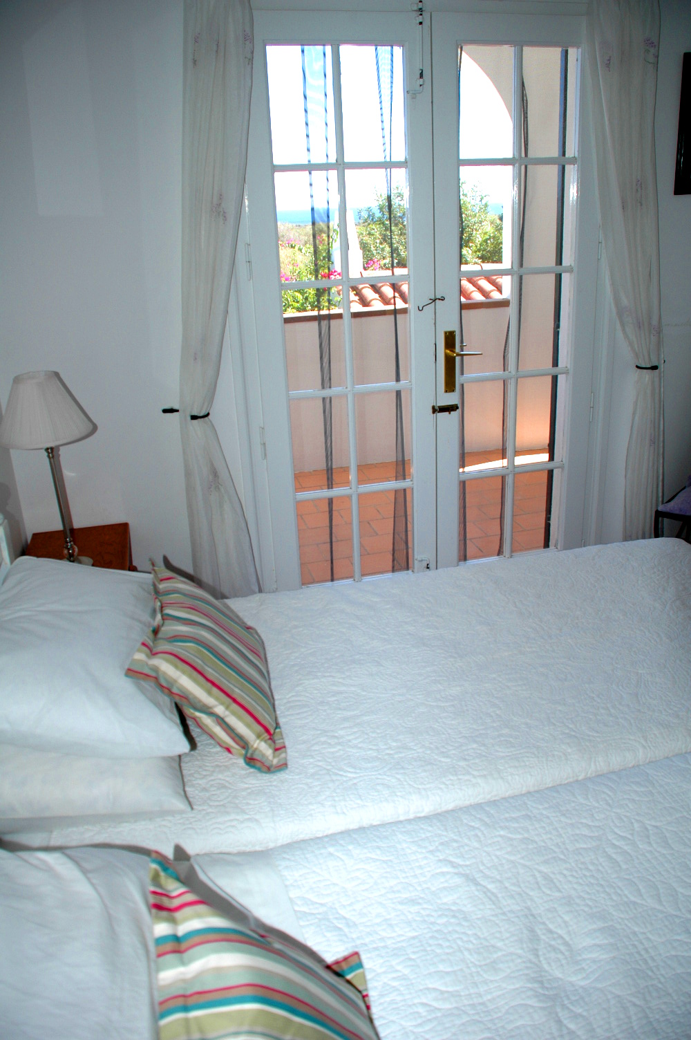 menorca-bedroom-sea-view