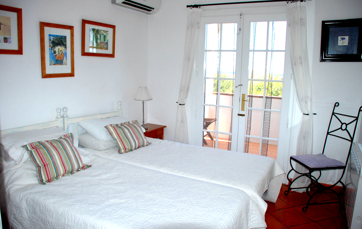 menorca-villa-bedroom2